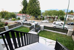 Photo 4: 2438 E 27TH Avenue in Vancouver: Collingwood VE House for sale (Vancouver East)  : MLS®# R2107507