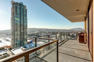 """Photo 10: 2001 2959 GLEN Drive in Coquitlam: North Coquitlam Condo for sale in """"PAC"""" : MLS®# R2126392"""