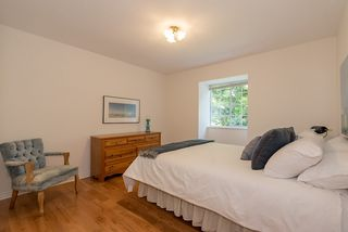 Photo 12: 5636 MARINE Drive in West Vancouver: Eagle Harbour House for sale : MLS®# R2125482
