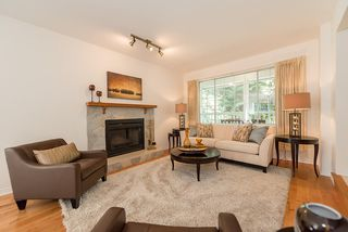 Photo 2: 5636 MARINE Drive in West Vancouver: Eagle Harbour House for sale : MLS®# R2125482