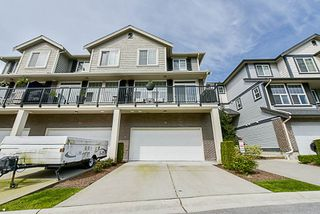 """Photo 3: 34 20831 70 Avenue in Langley: Willoughby Heights Townhouse for sale in """"Radius"""" : MLS®# R2164306"""