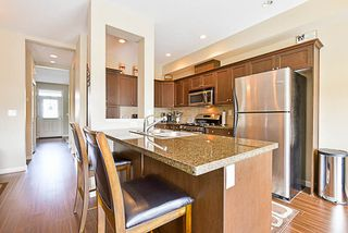 """Photo 5: 34 20831 70 Avenue in Langley: Willoughby Heights Townhouse for sale in """"Radius"""" : MLS®# R2164306"""