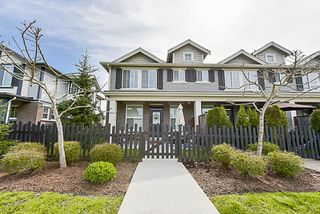 """Photo 2: 34 20831 70 Avenue in Langley: Willoughby Heights Townhouse for sale in """"Radius"""" : MLS®# R2164306"""