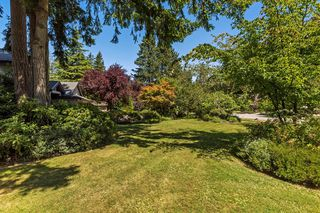 "Photo 5: 2683 NORTHCREST Drive in Surrey: Sunnyside Park Surrey House for sale in ""Woodshire Park"" (South Surrey White Rock)  : MLS®# R2185453"