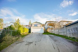 Photo 20: 2157 PITT RIVER Road in Port Coquitlam: Central Pt Coquitlam House for sale : MLS®# R2189031