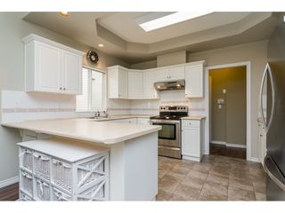 Photo 7: 6145 195 Street in Surrey: Cloverdale BC House for sale (Cloverdale)  : MLS®# R2201928