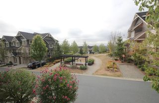 "Photo 14: 126 3105 DAYANEE SPRINGS Boulevard in Coquitlam: Westwood Plateau Townhouse for sale in ""WHITETAIL LANE II"" : MLS®# R2204779"
