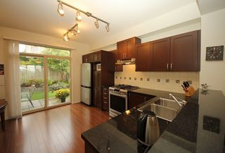 """Photo 7: 126 3105 DAYANEE SPRINGS Boulevard in Coquitlam: Westwood Plateau Townhouse for sale in """"WHITETAIL LANE II"""" : MLS®# R2204779"""