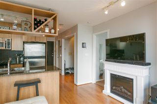 """Photo 6: 1805 1001 RICHARDS Street in Vancouver: Downtown VW Condo for sale in """"MIRO"""" (Vancouver West)  : MLS®# R2209250"""