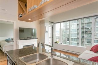 """Photo 4: 1805 1001 RICHARDS Street in Vancouver: Downtown VW Condo for sale in """"MIRO"""" (Vancouver West)  : MLS®# R2209250"""