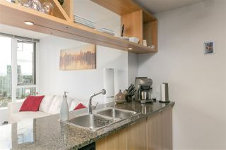 """Photo 8: 1805 1001 RICHARDS Street in Vancouver: Downtown VW Condo for sale in """"MIRO"""" (Vancouver West)  : MLS®# R2209250"""