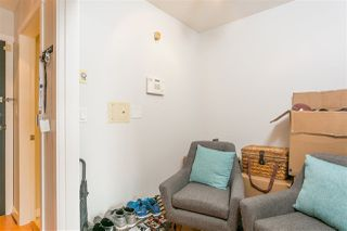 """Photo 10: 1805 1001 RICHARDS Street in Vancouver: Downtown VW Condo for sale in """"MIRO"""" (Vancouver West)  : MLS®# R2209250"""