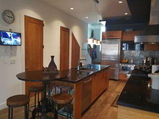 Photo 7: 6699 SPERLING Avenue in Burnaby: Upper Deer Lake House 1/2 Duplex for sale (Burnaby South)  : MLS®# R2211666