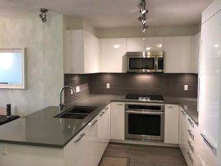 "Photo 2: 311 1128 KENSAL Place in Coquitlam: New Horizons Condo for sale in ""CELADON HOUSE"" : MLS®# R2220939"