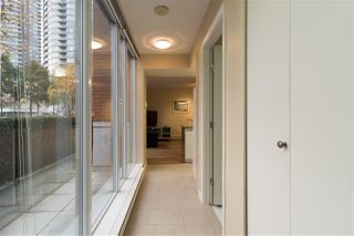 "Photo 3: 37 KEEFER Place in Vancouver: Downtown VW Townhouse for sale in ""TAYLOR"" (Vancouver West)  : MLS®# R2228949"