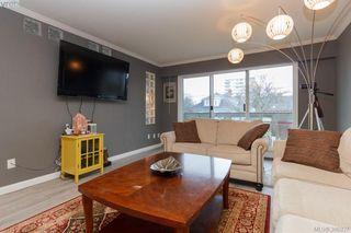 Photo 3: 206 25 Government St in VICTORIA: Vi James Bay Condo for sale (Victoria)  : MLS®# 777493