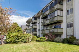 Photo 1: 206 25 Government St in VICTORIA: Vi James Bay Condo Apartment for sale (Victoria)  : MLS®# 777493