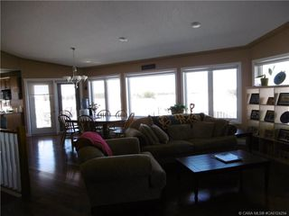 Photo 3: 5333 Drader Crescent in Rimbey: RY Rimbey Residential for sale (Ponoka County)  : MLS®# CA0124294
