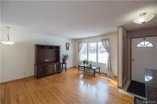 Photo 2: 10 Brighton Court in Winnipeg: East Transcona Residential for sale (3M)  : MLS®# 1804012