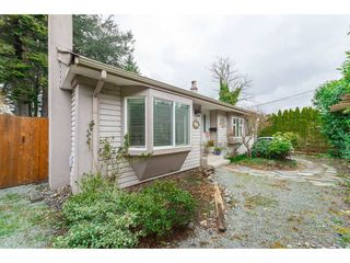 Photo 10: 15729 16 Avenue in Surrey: Sunnyside Park Surrey House for sale (South Surrey White Rock)  : MLS®# R2249148