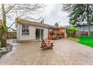 Photo 7: 15729 16 Avenue in Surrey: Sunnyside Park Surrey House for sale (South Surrey White Rock)  : MLS®# R2249148