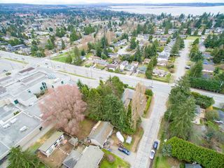 Photo 14: 15729 16 Avenue in Surrey: Sunnyside Park Surrey House for sale (South Surrey White Rock)  : MLS®# R2249148
