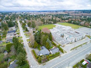 Photo 19: 15729 16 Avenue in Surrey: Sunnyside Park Surrey House for sale (South Surrey White Rock)  : MLS®# R2249148