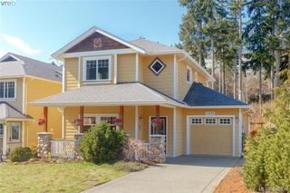 Photo 1: 3406 Pattison Way in VICTORIA: Co Triangle House for sale (Colwood)  : MLS®# 785574