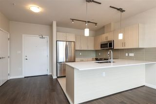 Photo 4: PH05 5288 GRIMMER Street in Burnaby: Metrotown Condo for sale (Burnaby South)  : MLS®# R2264907