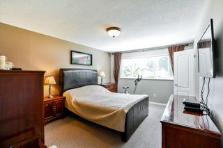 Photo 10: 14748 HALSTEAD Place in Surrey: Guildford House for sale (North Surrey)  : MLS®# R2271693
