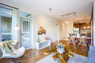 Photo 2: 208 3551 FOSTER Avenue in Vancouver: Collingwood VE Condo for sale (Vancouver East)  : MLS®# R2291555