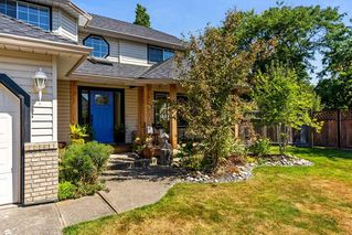 Photo 2: 18669 61A Avenue in Surrey: Cloverdale BC House for sale (Cloverdale)  : MLS®# R2294391