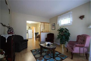 Photo 2: 30 Bank Avenue in Winnipeg: St Vital Residential for sale (2D)  : MLS®# 1824418
