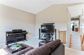 Photo 23: 119 CRESTMONT Drive SW in Calgary: Crestmont Detached for sale : MLS®# C4205113