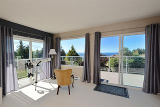 Photo 8: 5130 CHAPMAN Road in Sechelt: Sechelt District House for sale (Sunshine Coast)  : MLS®# R2327889