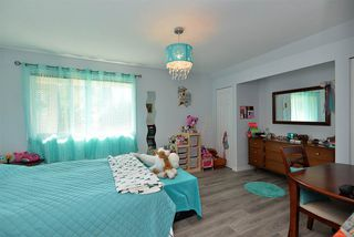 Photo 13: 5130 CHAPMAN Road in Sechelt: Sechelt District House for sale (Sunshine Coast)  : MLS®# R2327889