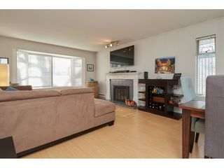 """Photo 3: 14277 18A Avenue in Surrey: Sunnyside Park Surrey Townhouse for sale in """"Ocean Bluff Court"""" (South Surrey White Rock)  : MLS®# R2332512"""