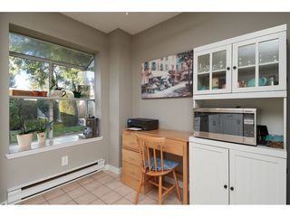 """Photo 11: 14277 18A Avenue in Surrey: Sunnyside Park Surrey Townhouse for sale in """"Ocean Bluff Court"""" (South Surrey White Rock)  : MLS®# R2332512"""