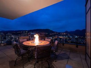 """Photo 2: 4102 3080 LINCOLN Avenue in Coquitlam: North Coquitlam Condo for sale in """"1123 Westwood"""" : MLS®# R2337945"""
