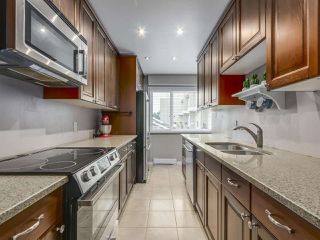 """Photo 6: 1 4951 57 Street in Delta: Hawthorne Townhouse for sale in """"OASIS"""" (Ladner)  : MLS®# R2339888"""