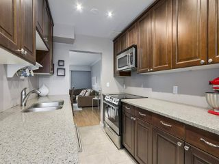 """Photo 7: 1 4951 57 Street in Delta: Hawthorne Townhouse for sale in """"OASIS"""" (Ladner)  : MLS®# R2339888"""