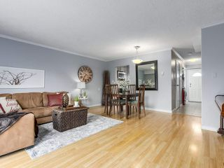 """Photo 4: 1 4951 57 Street in Delta: Hawthorne Townhouse for sale in """"OASIS"""" (Ladner)  : MLS®# R2339888"""