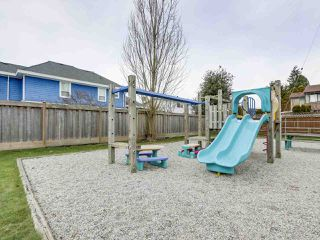 """Photo 19: 1 4951 57 Street in Delta: Hawthorne Townhouse for sale in """"OASIS"""" (Ladner)  : MLS®# R2339888"""