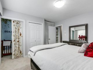 """Photo 11: 1 4951 57 Street in Delta: Hawthorne Townhouse for sale in """"OASIS"""" (Ladner)  : MLS®# R2339888"""