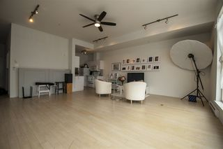 """Photo 5: 308 20238 FRASER Highway in Langley: Langley City Condo for sale in """"THE MUSE"""" : MLS®# R2340272"""