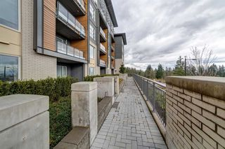 "Photo 13: 304 9877 UNIVERSITY Crescent in Burnaby: Simon Fraser Univer. Condo for sale in ""VERITAS BY POLYGON"" (Burnaby North)  : MLS®# R2353735"