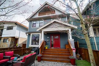 "Photo 1: 1816 E 14TH Avenue in Vancouver: Grandview VE 1/2 Duplex for sale in ""TROUT LAKE"" (Vancouver East)  : MLS®# R2354239"