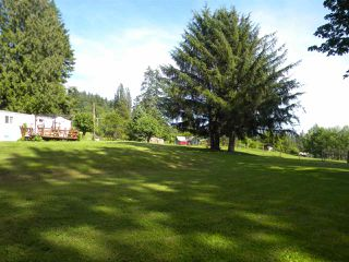 "Photo 11: 4915 SUMAS MOUNTAIN Road in Abbotsford: Sumas Mountain House for sale in ""Sumas Mountain"" : MLS®# R2353641"