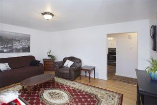 Photo 3: 10816 155 Street in Edmonton: Zone 21 House for sale : MLS®# E4150073