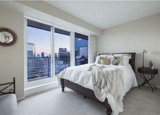 "Photo 13: 3703 1011 W CORDOVA Street in Vancouver: Coal Harbour Condo for sale in ""Fairmont Pacific Rim"" (Vancouver West)  : MLS®# R2356051"